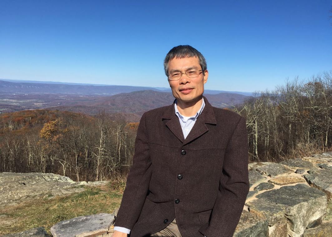 Photo of Jinyuan Zhou, PhD