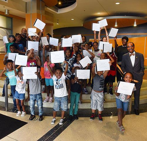 Dean Reece with 2018 Mini-Med School Kids