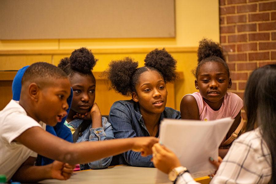 Group of children at Mini-Med School for Kids